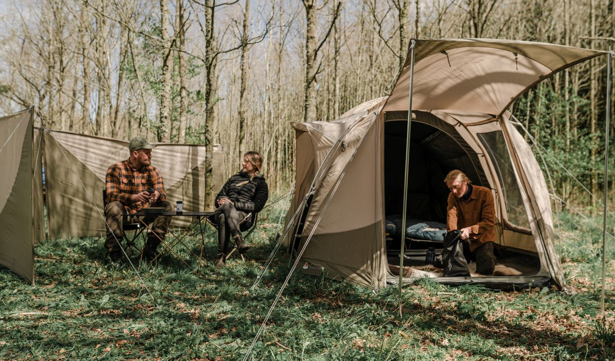 Camping with adventure robens tent
